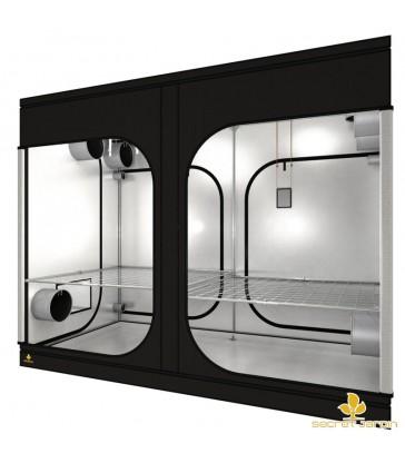 Secret Jardin dark room 300x150x235cm